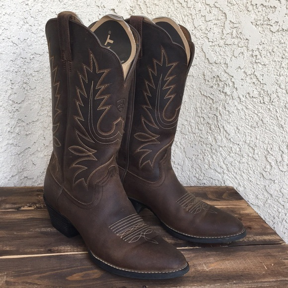 ec9d4197b74 Ariat Heritage Leather Cowboy Boots 8.5 - 9
